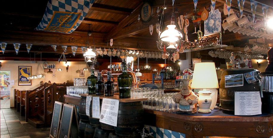 La birreria for Arredamento per pub e birrerie